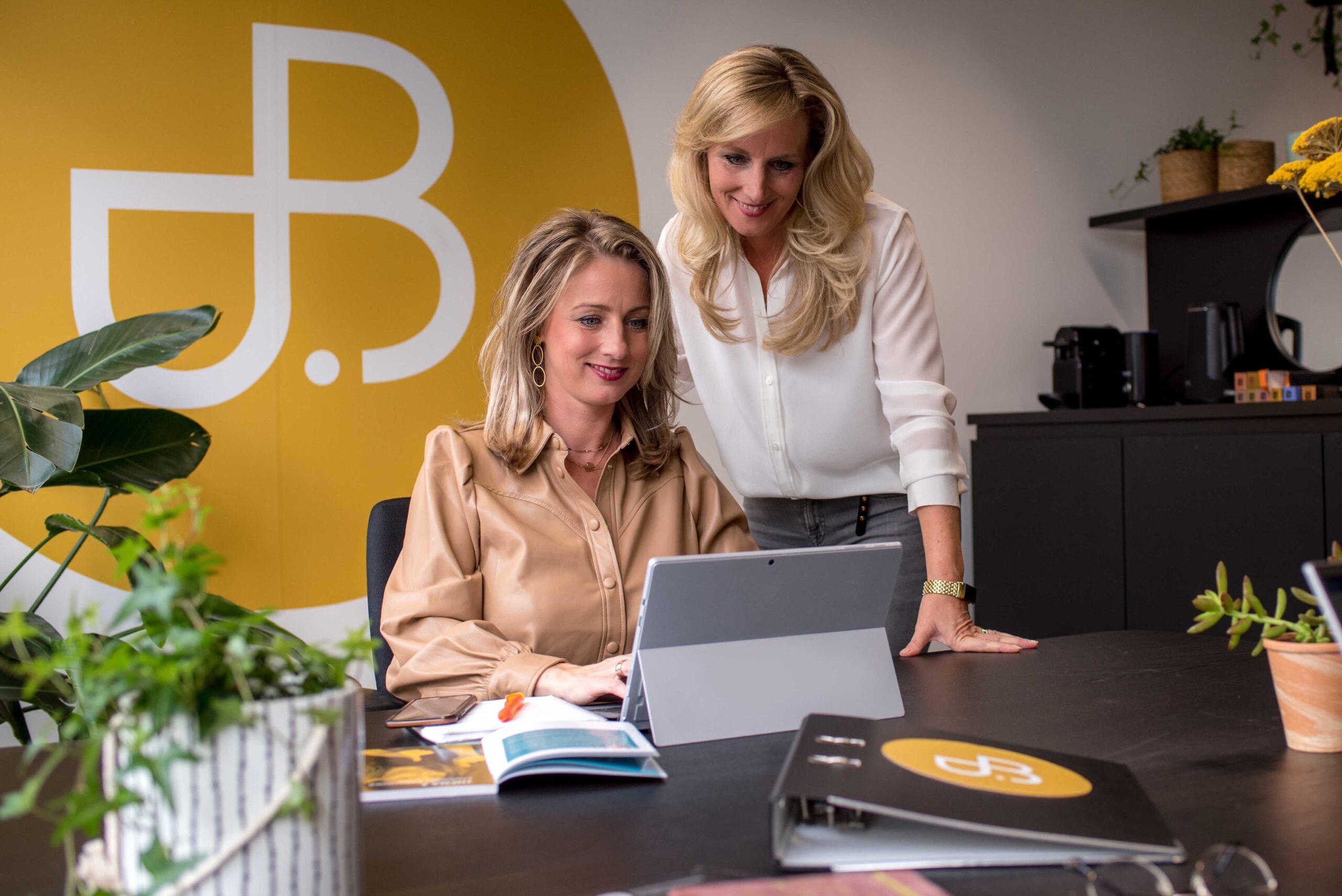 B-Partners Nancy Bodar en Petula Bodar